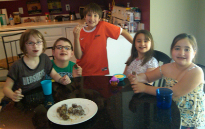 A cheat meal with the kids, Shakeology No Bake Cookies!